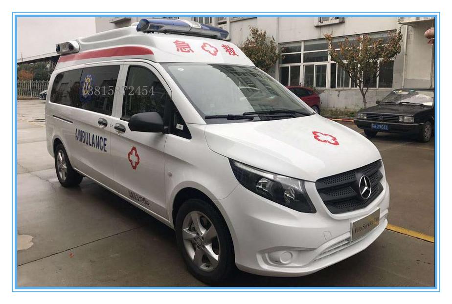 奔馳重癥救護車2.jpg
