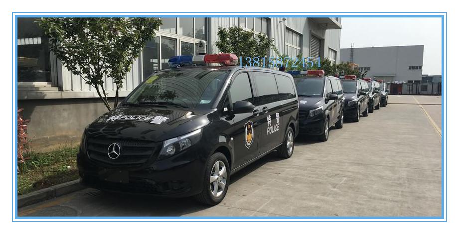 奔馳警務車3.jpg